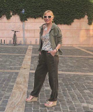 // Su naturalidad nunca desvanece @mercetaus ❣️ . . #estilodemujer #modafemenina #modamujer #mujeresbabú #modasostenible #ss21 #tendenciademoda #comerciolocal #ecofriendly #igersmataro #igersvilafranca #igersterrassa