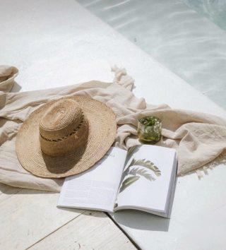 // Me fui a dar un chapuzón🌞 . . Inspo @pinterest  . . #felizdomingo #desconectarparaconectar #relax #relaxtime #summer #sumervibes #takeyourtime #inspo #tokutinspo #igersterrassa #igersvilafranca #igersmataro
